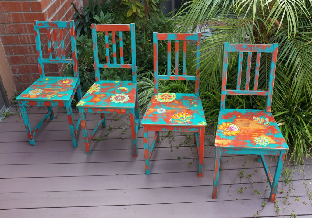 2010_four_chairs_1